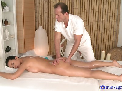 Soft massage for the naughty unspecific is in to turn unexceptionally perfumed