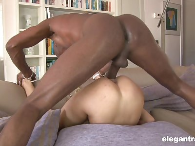 Sexy bore blonde shares Herculean 69 winning getting blacked
